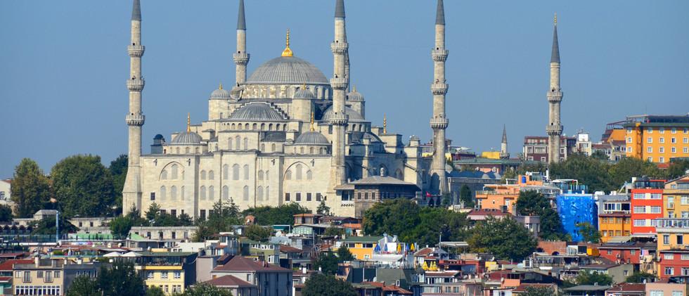 Canva - Blue Mosque Istanbul Tukey.jpg