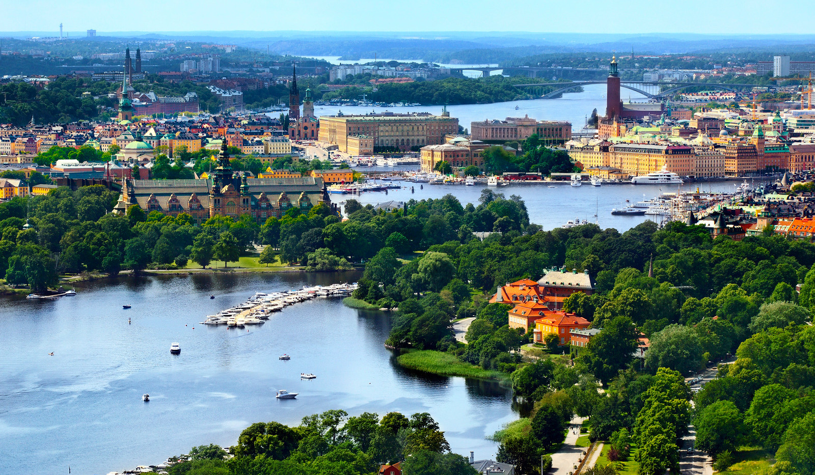 Canva - Stockholm City.jpg
