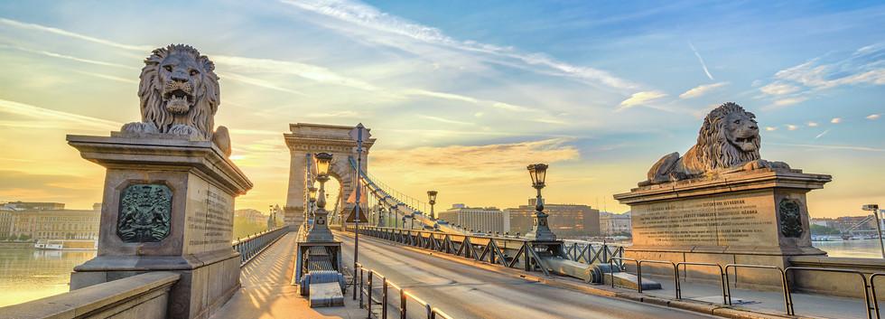 Canva - Budapest sunrise city skyline at