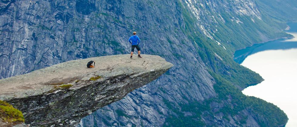 Canva - Famous norwegian rock hiking pla