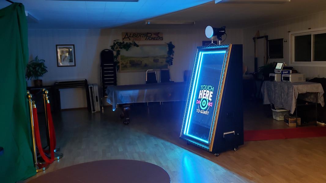 GoodPic Magic Mirror Photo Booth & Photo Printers for Rent