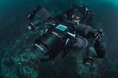 Maxwel-Underwater-Komodo.jpg
