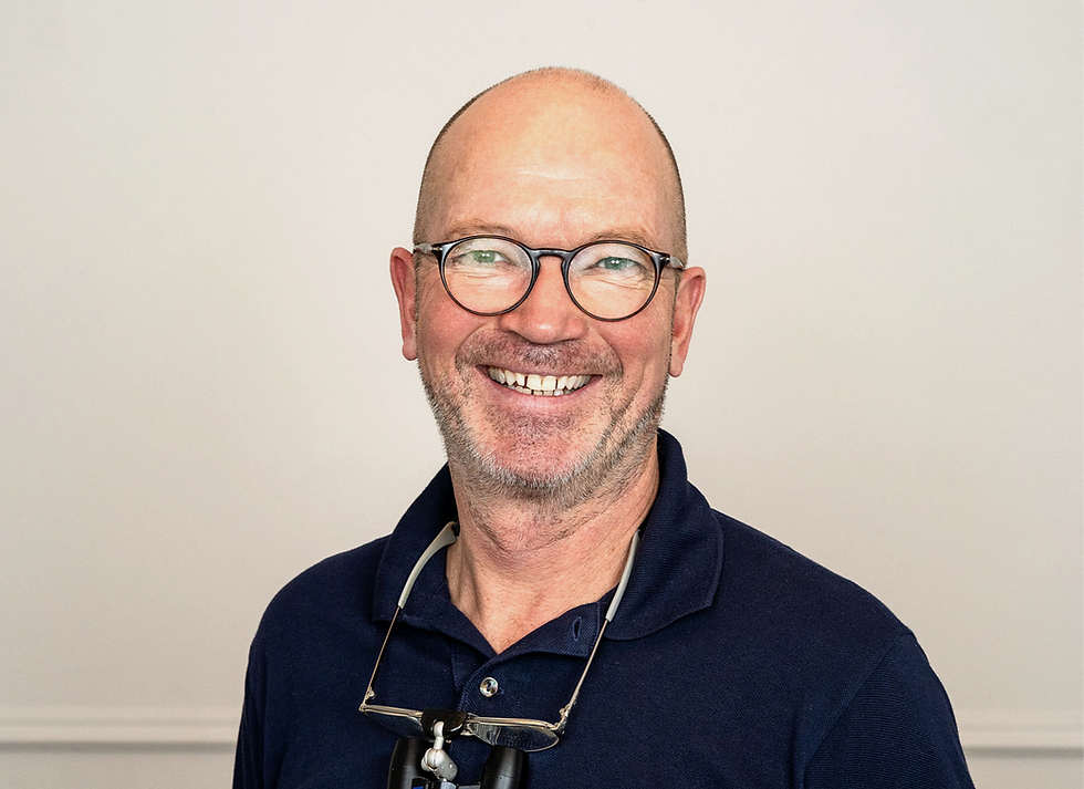 Dr. Mathias Gnauert