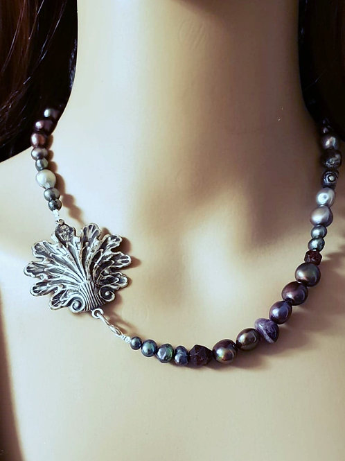 Silver Purple-Black Pearl Statement Necklace
