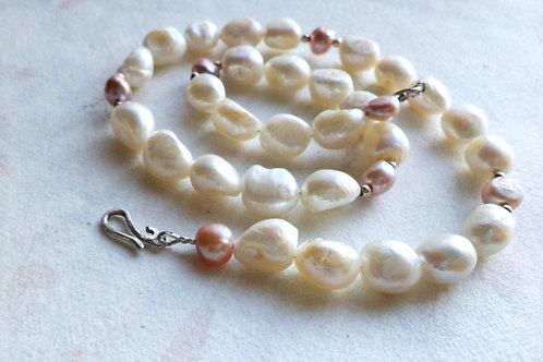 Natural Pearl Silver White And Pink Necklace