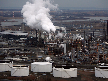 Exxon Mobil Bayway Refinery.png
