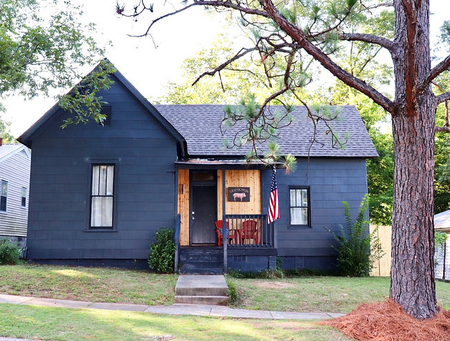 navy-blue-cute-house-renovation-vacation-rental-birmingham-alabama-patriot-family-homes