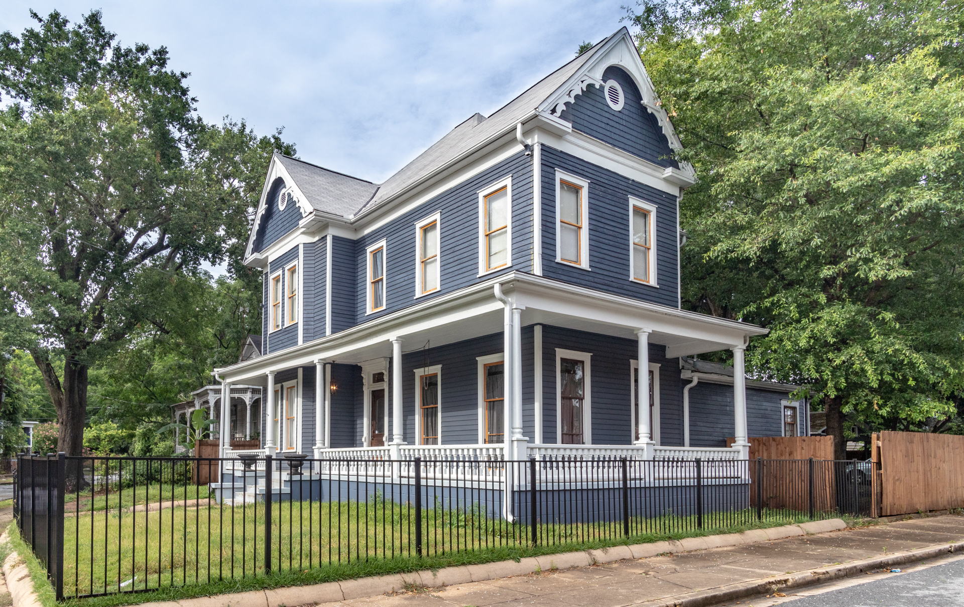 Columbus | Grand Victorian at Rose Hill