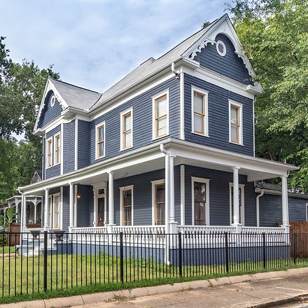 navy-blue-white-house-victorian-historic-columbus-georgia-vacation-rental
