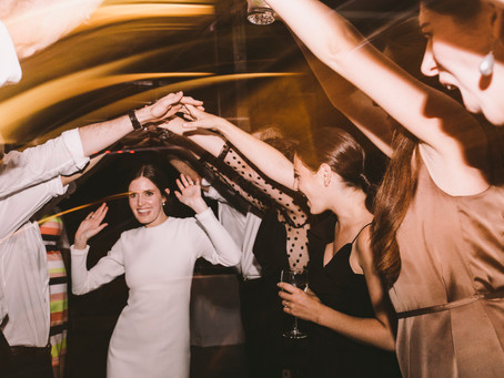 5 Ways to Pack the Dance Floor at Your Wedding