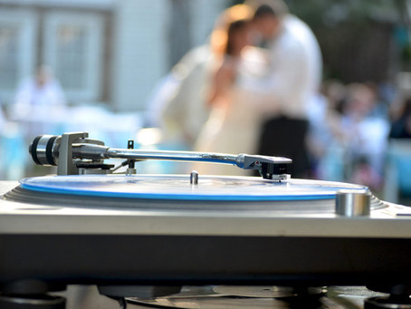 When Should I Book My Wedding DJ?