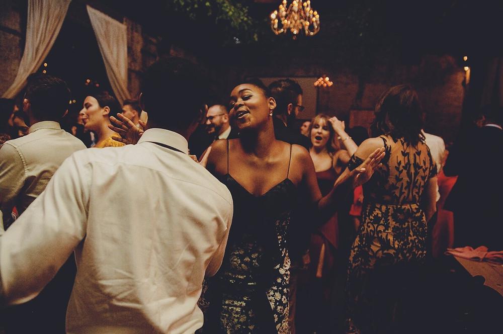 brooklyn-wedding-dj-5-Tips-to-Enjoy-Your-Wedding-Dance-Party-1