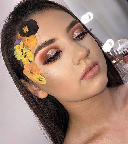 festival makeup look