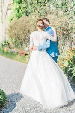 -Fine-Art-Wedding-Photographer-Epiphany-Photography-Fanny-Huynh_Switzerland-Thun-Schloss Ober