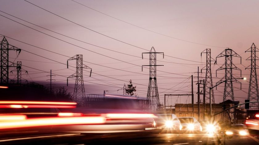 Evening usage of electricity could cost more in the summer under a proposal floated by Southern California Edison. The utility is set to offer a new pricing structure in October 2020. (David Butow / For The Times)