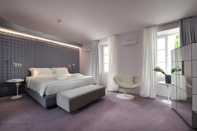 Room-River-Side-6-1024x681.png