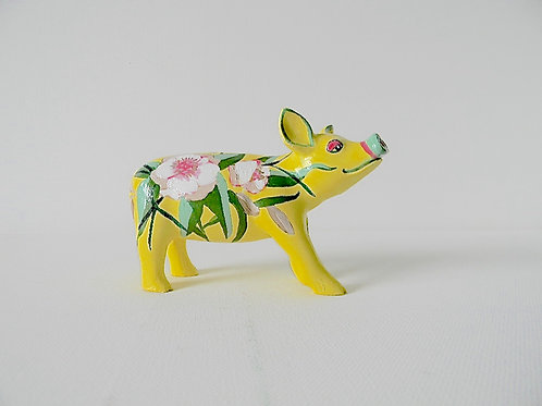 White flowers on yellow mini pig - PP-R1400