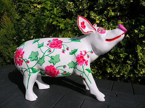 Red Flowers on White Pig - PP-R4068