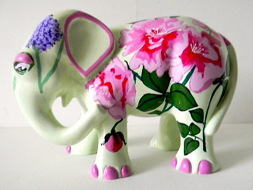 Roses on Cream Elephant - PP-R3