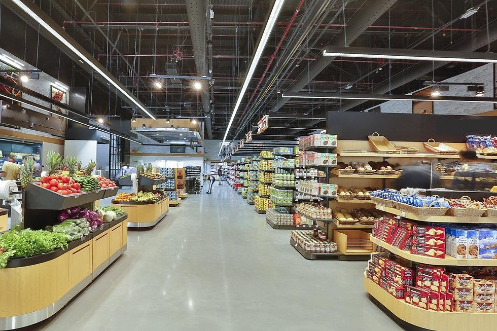 adecuaciones interiores en supermercados construccion edificacion rehabilitacion, reforma, instalaciones y mobiliario en supermercados espacios comerciales de alimentación