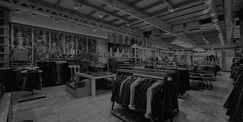 tiendas de moda Reformas espacios comerciales,  interiorismo y fabricación mobiliario retail, tiendas y restauración con maquinaria CNC y oficina técnica. Nacional