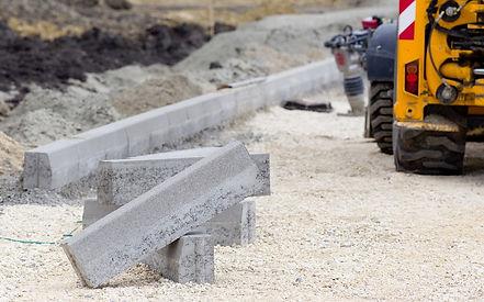 Construccion obra civil colocacion de bordillos en Barcelona, Tarragona, Lerida, Gerona y Cataluña