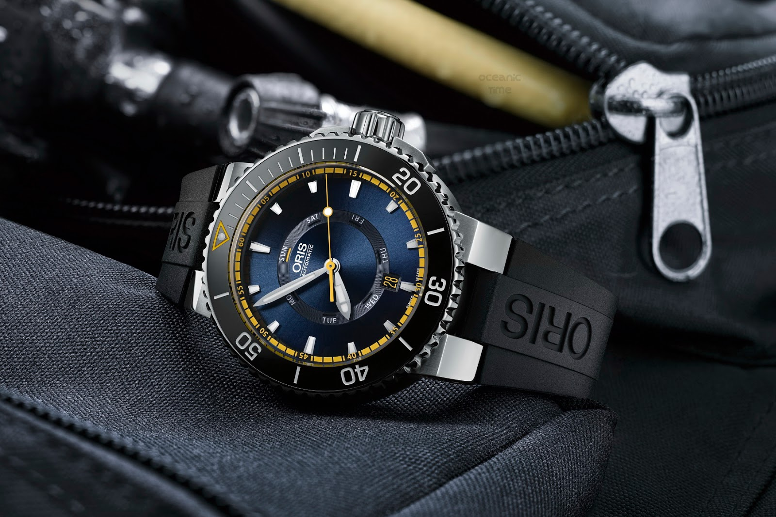 ORIS Aquis GREAT BARRIER REEF Limited Ed
