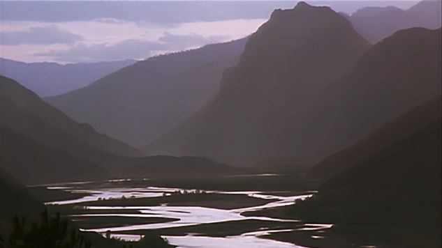 The Yangtze, known here as the Golden Sand River descending from the Tibetan Plateau