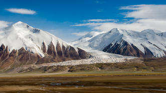 Hanging glaciers above Hell's Gate, Kekexili
