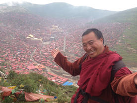 Welcome to Wumingsi, the largest Tibetan Monastery on Earth