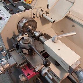 Mechanik-Drehen-Kleine-Drehmaschine.jpg