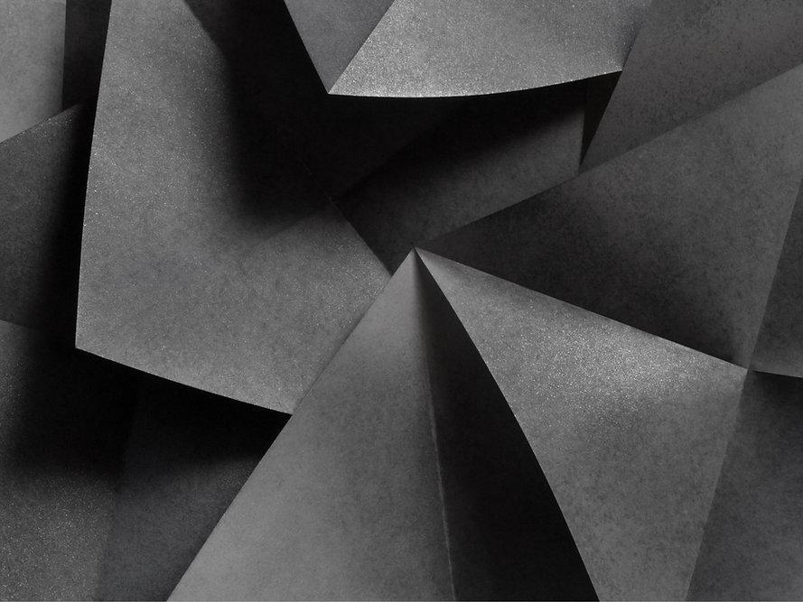 Black and Gray Abstract LinkedIn Banner.