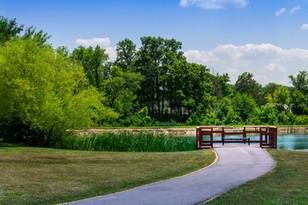 Monroeville-Pond-Sittting-Area-2.jpg