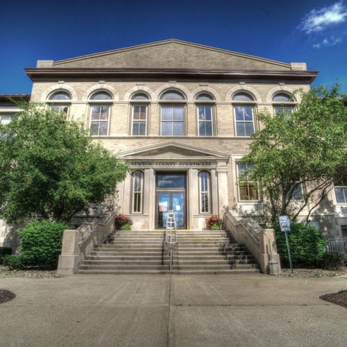 Newton County Courthouse.jpg