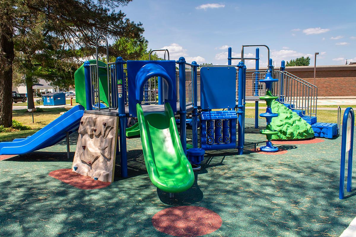 Monroeville-Playground2.jpg