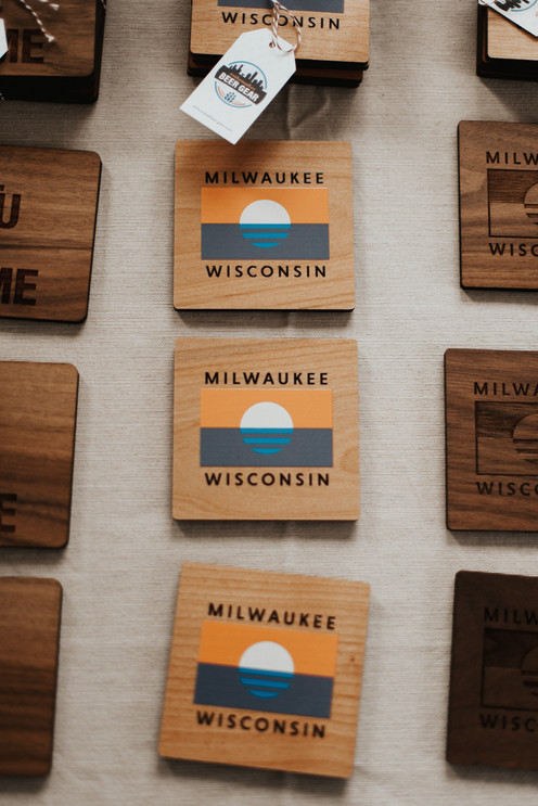 MKE LOCAL MARKET - HOLIDAY EDITION '19 (by Ren Colleen Photography)