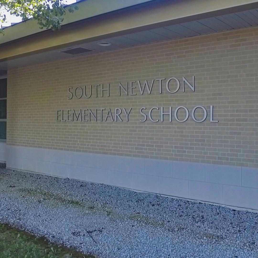 South Newton Elementary School.jpg