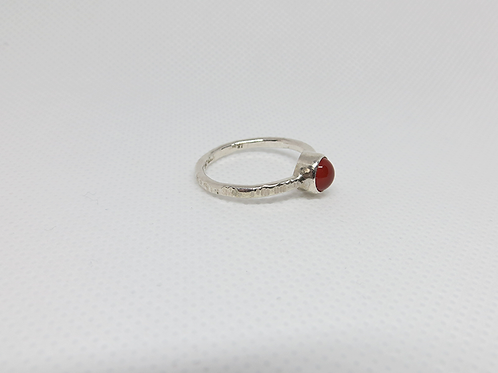 Garnet Tube Set Ring