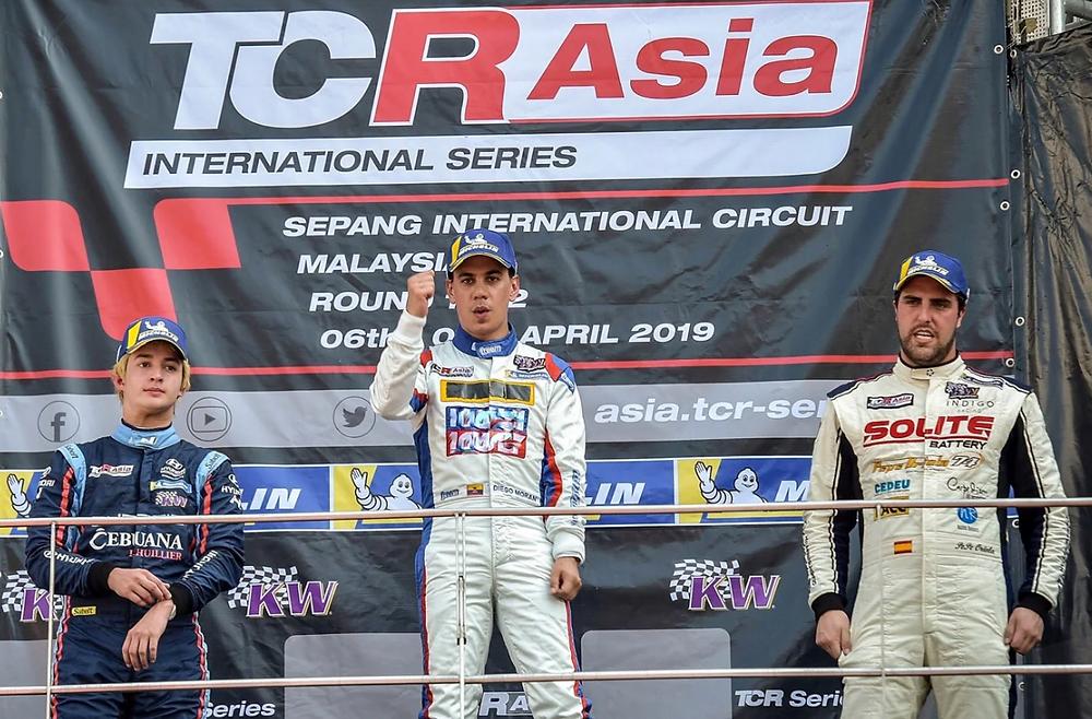 Diego Moran (Ecuador) Ganador TCR Asia Series Spepang, Malaysia