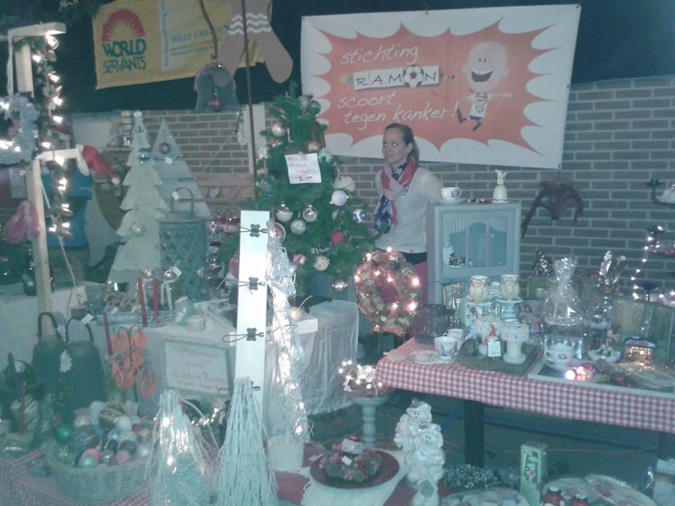 Kerstmarkt in Balk en Woudsend - Stichting Ramon scoort tegen kanker.jpg