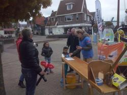 Foto's_Actie_in_Lemmer_-_Stichting_Ramon_scoort_tegen_kanker_16.jpg