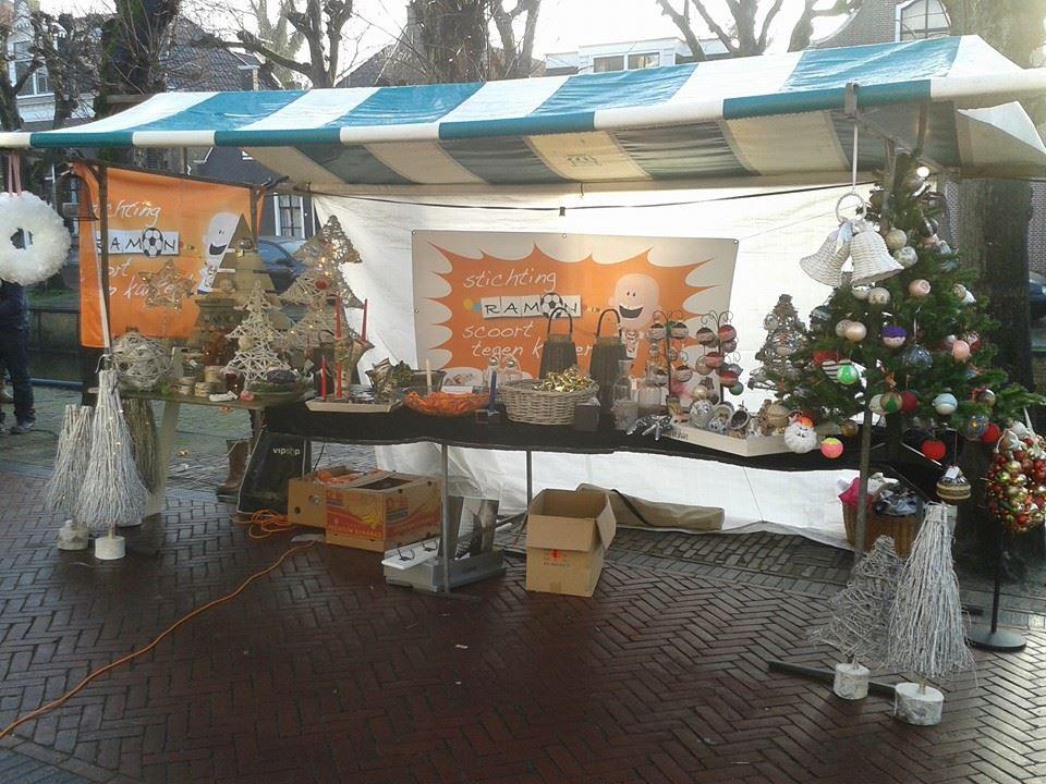 Kerstmarkt in Balk en Woudsend - Stichting Ramon scoort tegen kanker 1.jpg