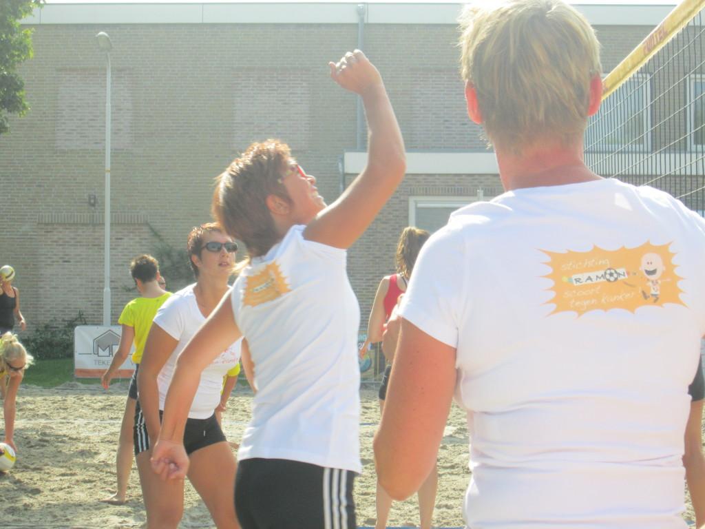 Foto's_BeachEvent_Balk__Stichting_Ramon_scoort_tegen_kanker_9.jpg