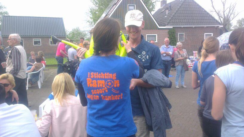 Foto's_Draaiend_rad_Top_&_Twel_-_Stichting_Ramon_scoort_tegen_kanker_1.jpg