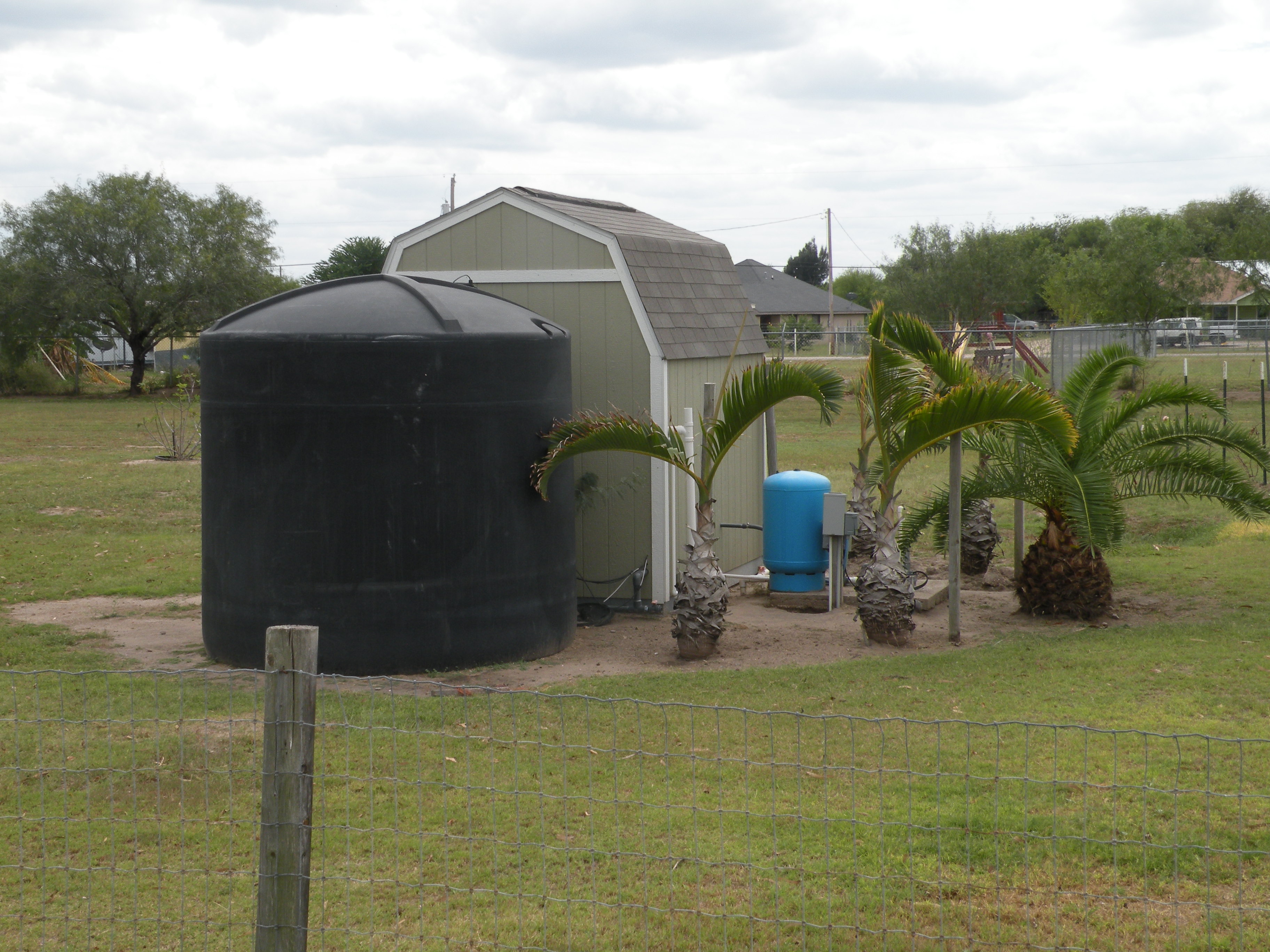 Water Storage Tank-Well