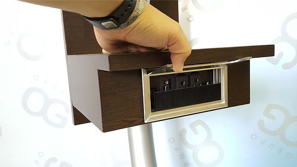 Caja de conectividad- accesorio atril