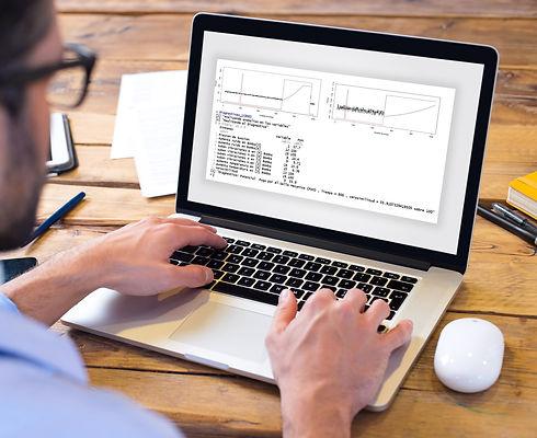 MOCKUP COMPUTER.jpg