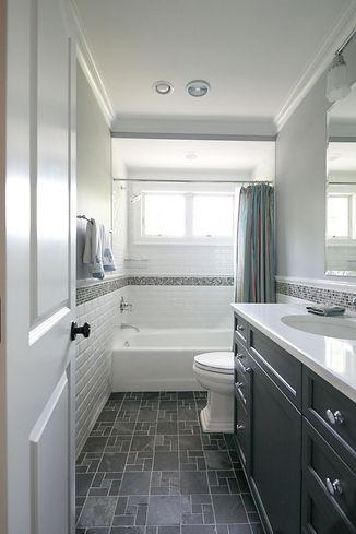 dark-floor-bathroom-ideas-tiny-hall-bath
