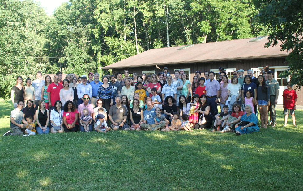 Wolfner Lab reunion of many current and former lab members and their families.