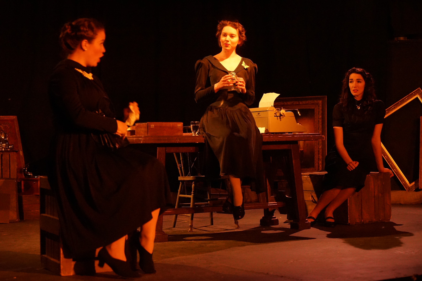 Führerbunker: Stephanie Kallay, Sydney Baedke, Kelsey Taylor